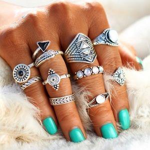 Trendy 10-Piece Silver Boho Ring Set